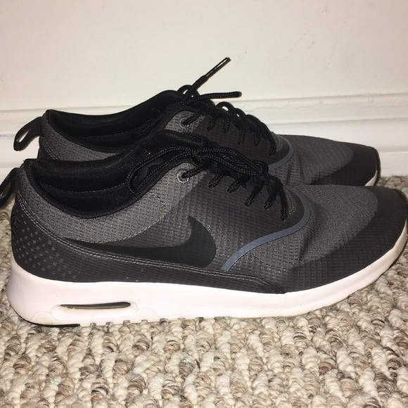 Nike Air Max Thea Size US Women's 10